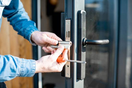 cambiar la cerradura al comprar una casa